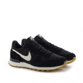 NIKE WMNS INTERNATIONALIST 828407-021